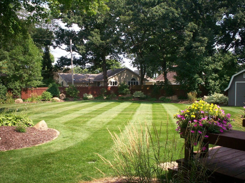 Diamond Cut Lawn Care