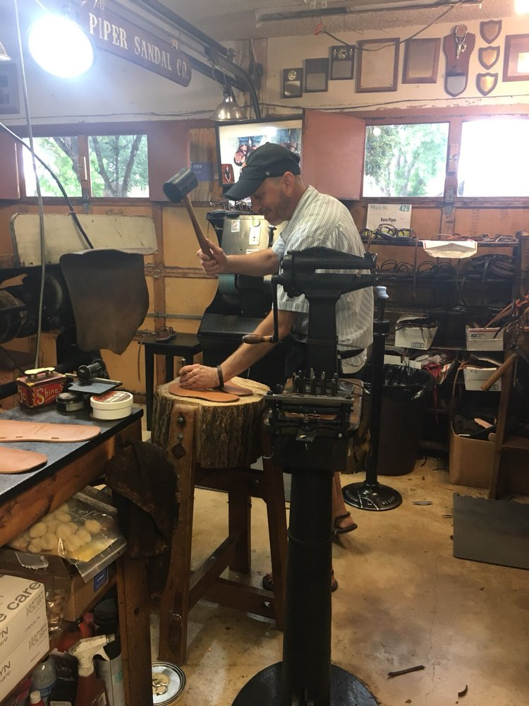 Piper Dave and Son-Sandalmakers: 7402 Pipers Blf, San Antonio, TX