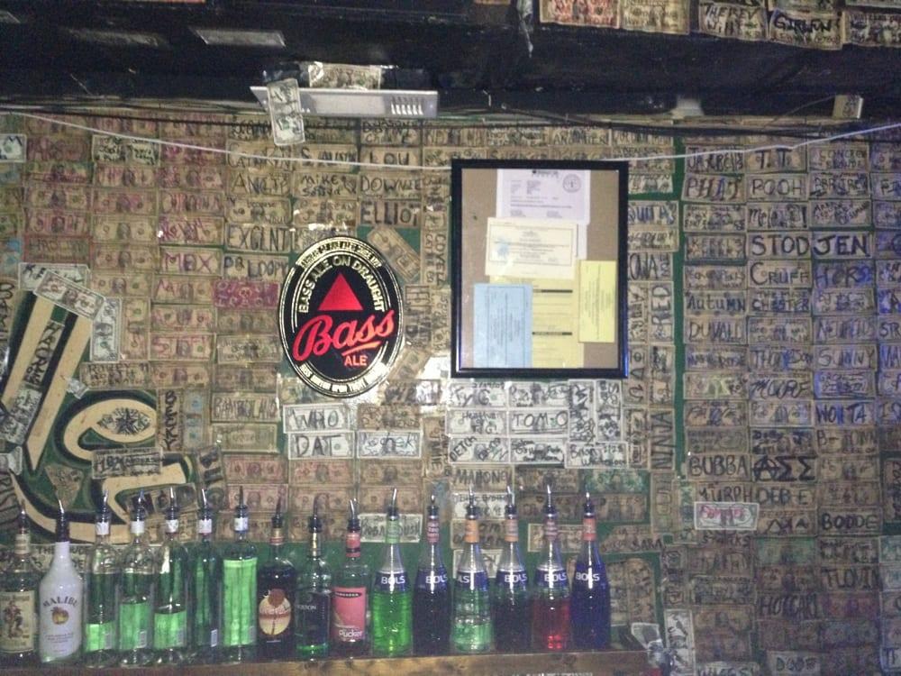 O'malley's Alley: 1208 Moro St, Manhattan, KS