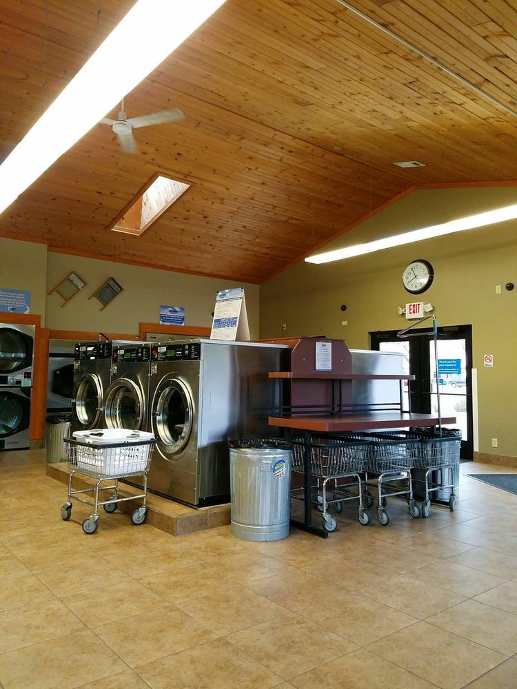 Laundry Express - Eau Claire: 2655 Golf Rd, Eau Claire, WI