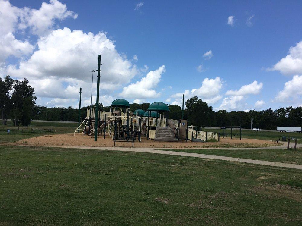 Gateway Park and Public Golf Course