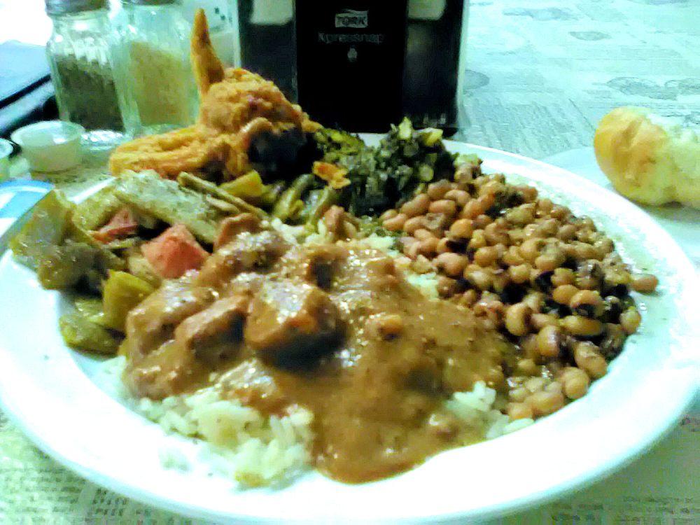 Sawmeal Restaurant: 6880 Hwy 5, Brent, AL
