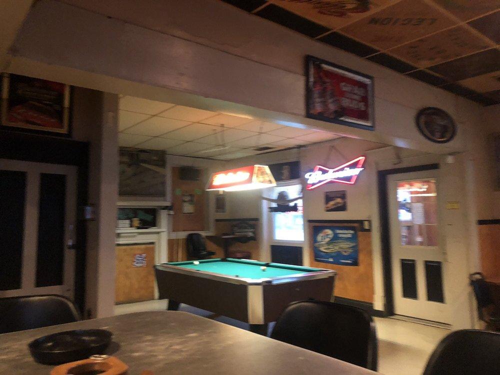 Stoney's Bar: 224 N Washington St, Crawfordsville, IN