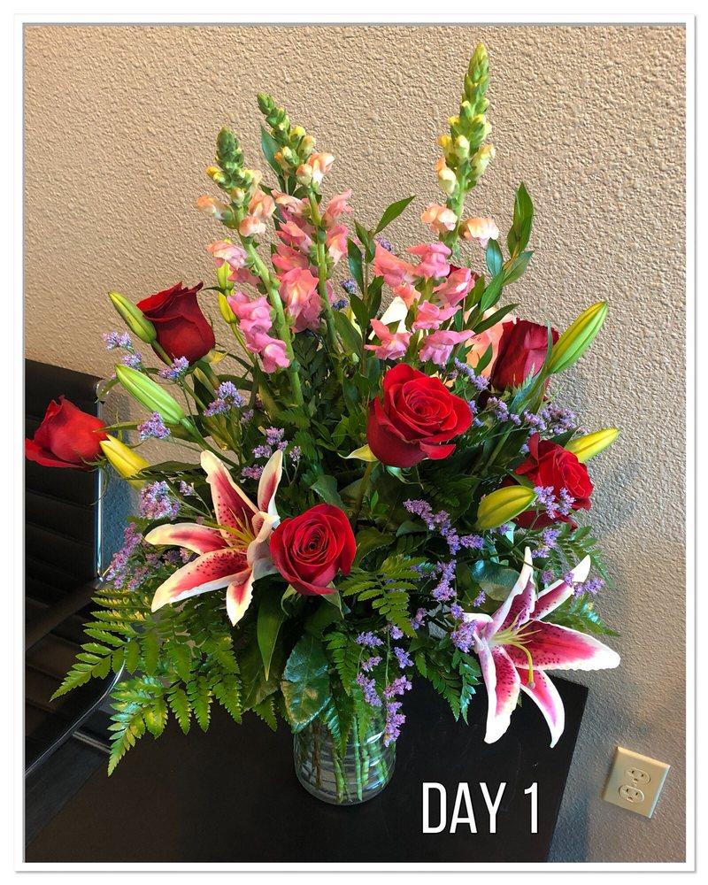 Bloomfield Floral, Inc: 2430 S Interstate 35 E, Denton, TX