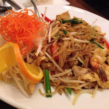 Ar roi restaurant closed 46 photos 148 reviews for Ar roi thai cuisine