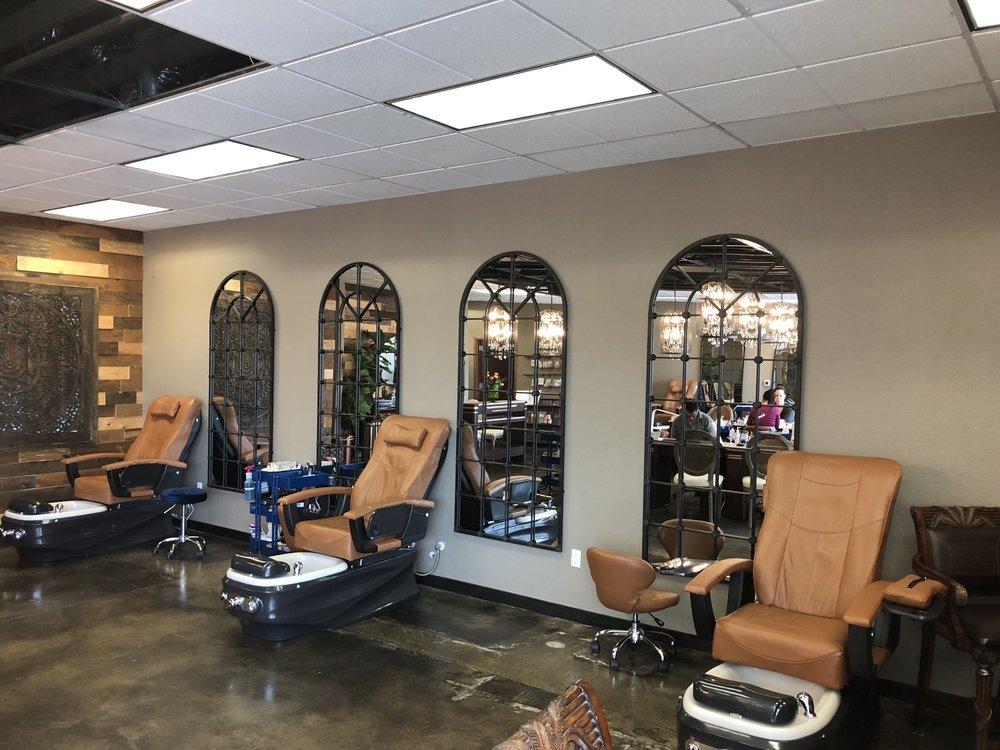 Nailstalgic Salon: 6403 Mission Gorge Rd, San Diego, CA