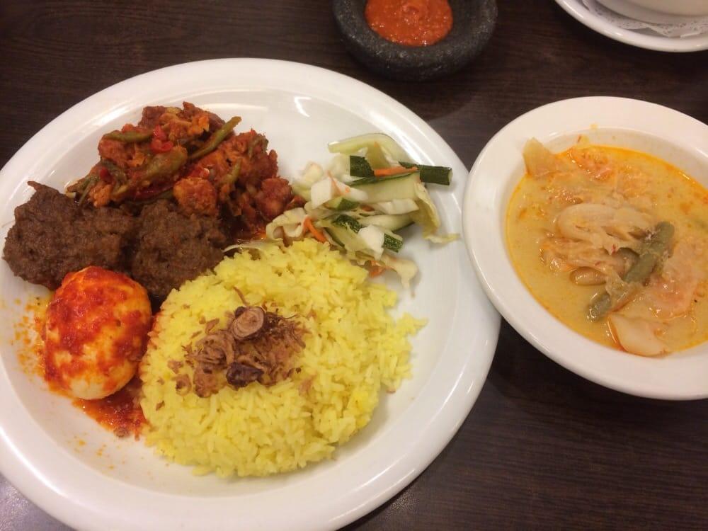 Photo Of Tambuah Mas Indonesian Restaurant Singapore Singapore Nasi Campur Yellow Rice