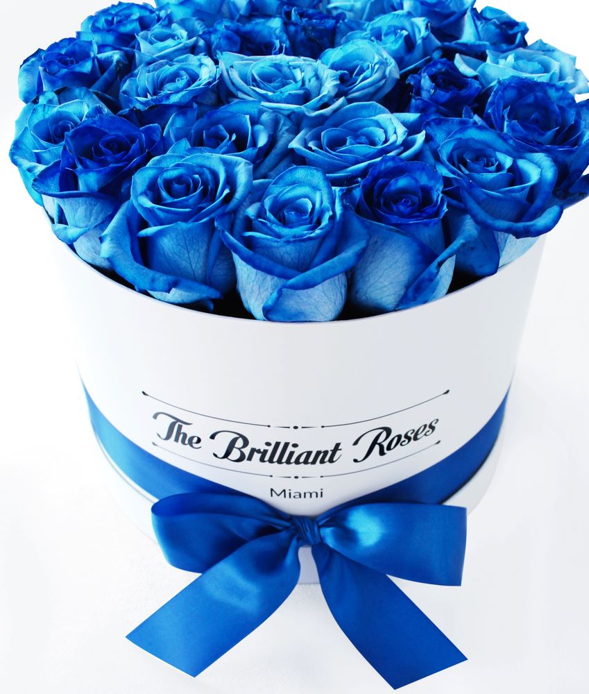 Blue Royal Blue Roses In Round Box The Brilliant Roses Yelp
