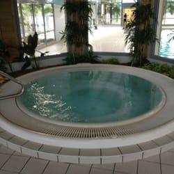 Jardin Aquatique Swimming Pools Rue Alain Vadepied