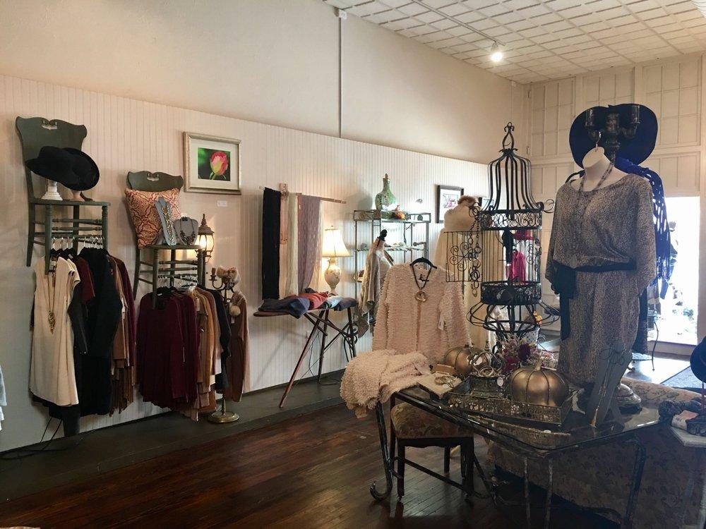 Helen Foxx: 122 S Allegheny St, Bellefonte, PA