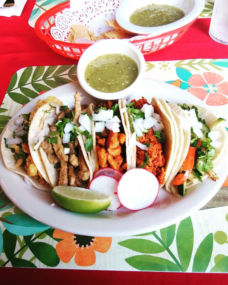 Maria's Authentic Mexican Restaurant: 1802 Virginia Ave, North Bend, OR