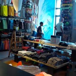 brand new 63a48 54ed9 Quiksilver Shop - Sports Wear - Quai Grande Plage, Biarritz ...