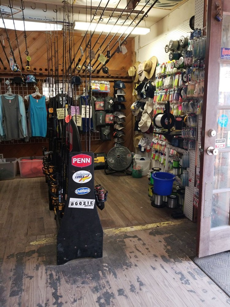 Black Dog Bait and Tackle: 207 Ocean Ave, Melbourne Beach, FL