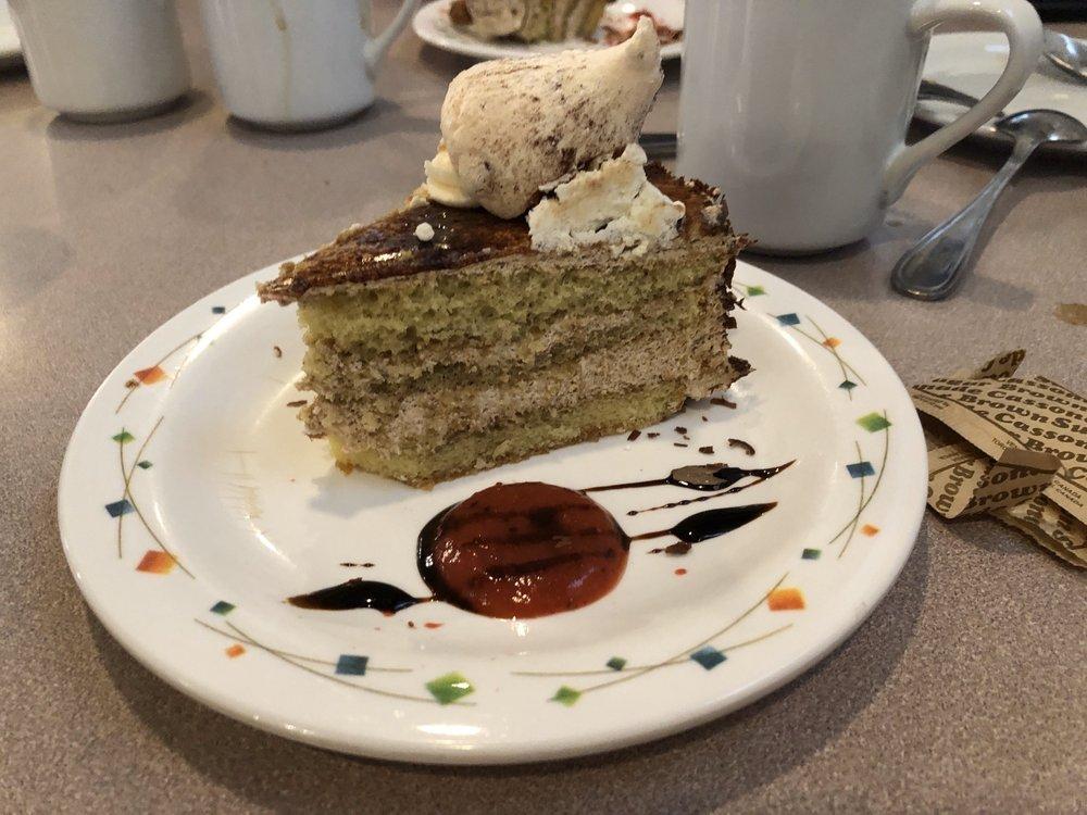 Maxim's Café & Patisserie
