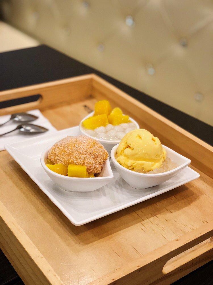 Mango Mango Dessert: 2205 N Central Expy, Plano, TX