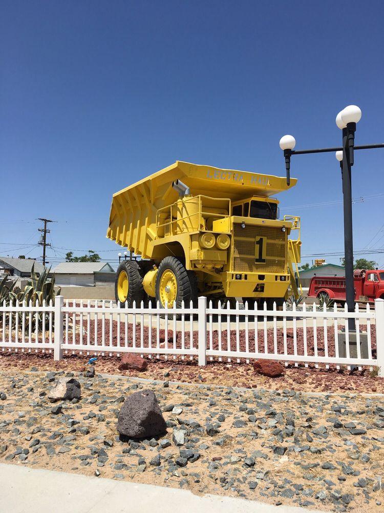 Pioneer Park: Twenty Mule Team Rd & Boron Ave, Boron, CA