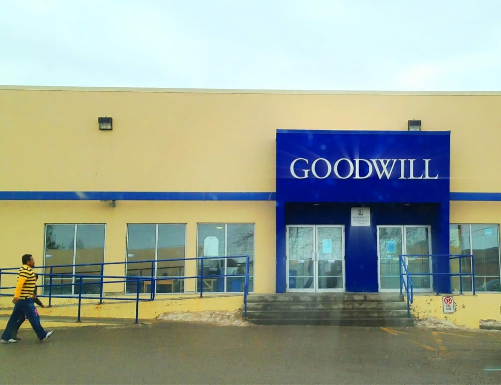 goodwill industries of alberta 10 beitr ge secondhand. Black Bedroom Furniture Sets. Home Design Ideas