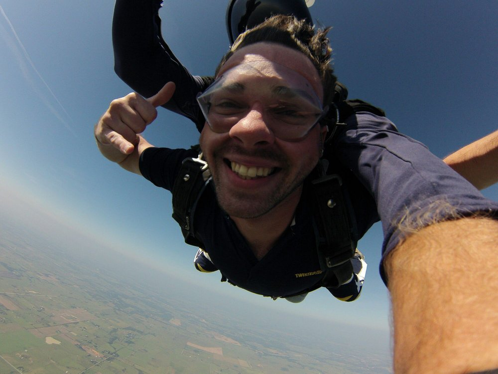 Skydive Houston: 15599 Plane View Dr, Waller, TX