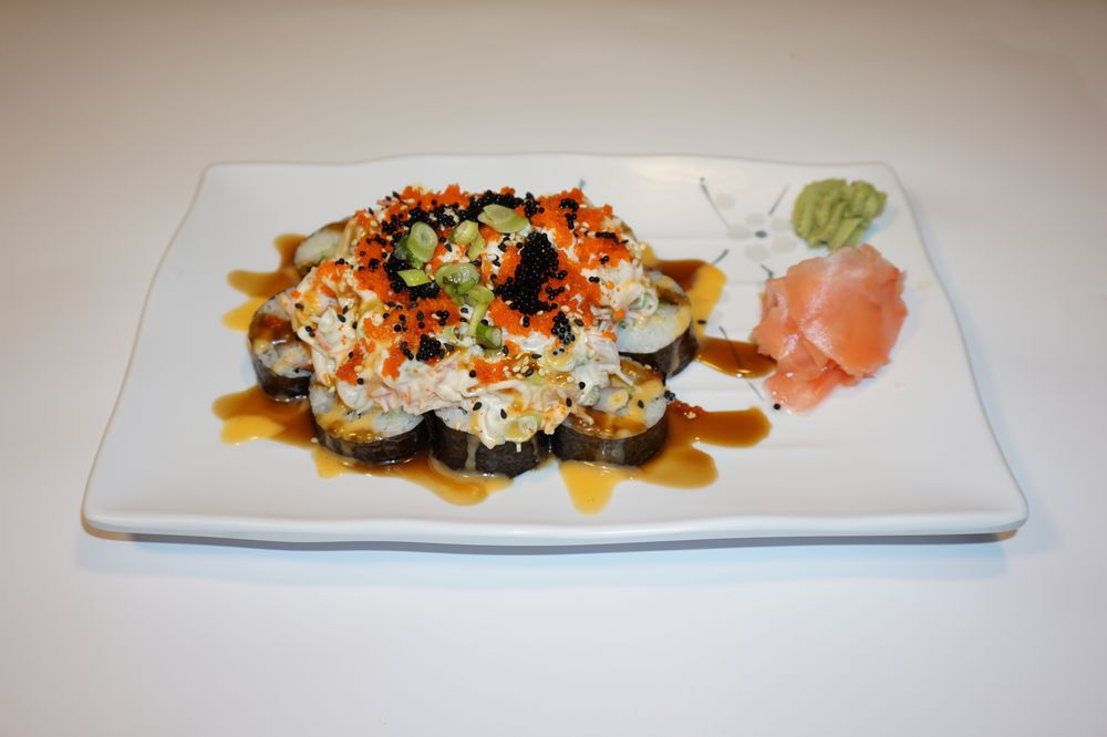 Chiang Mai Thai & Sushi Bar: 415 Cleveland St, Clearwater, FL