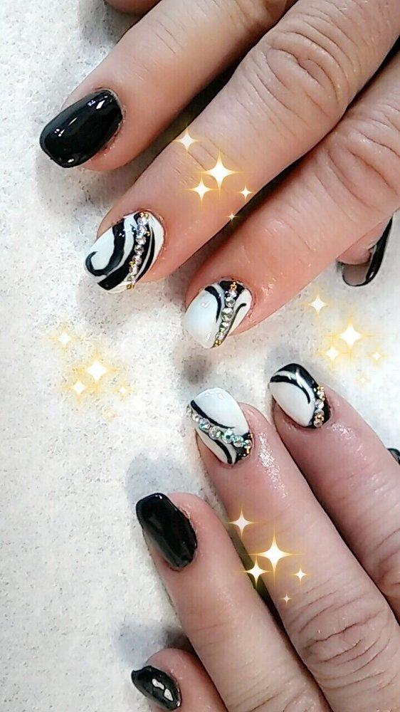 Black Stiletto Nails - 48 Photos & 46 Reviews - Nail Salons - 118 ...