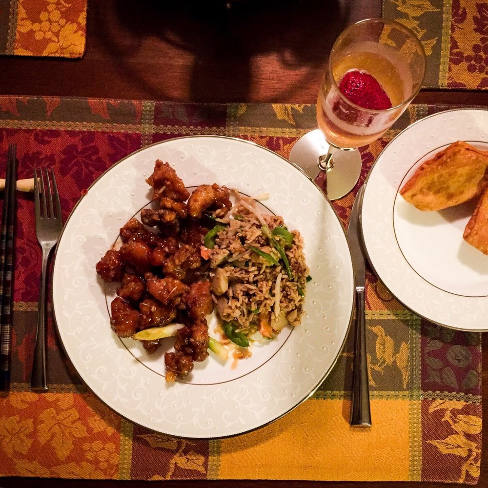 Chinese Restraunts: Lucky Wok Chinese Restaurant