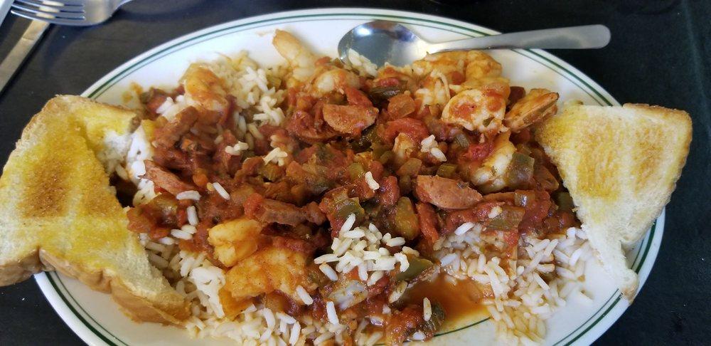 Lewis Lake Restaurant: 1630 Lewis Lake Rd, Bartow, GA