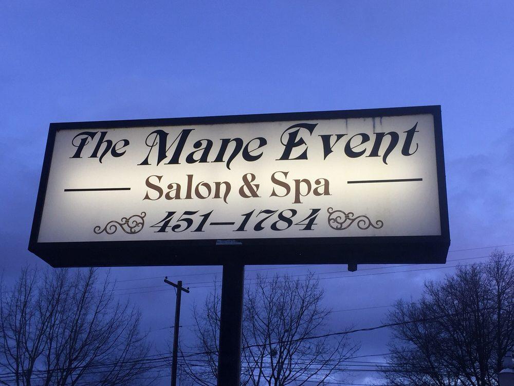 The Mane Event Salon & Spa: 959 S Main St, Lebanon, OR