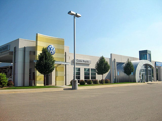 Volkswagen of Cedar Rapids: 1190 Boyson Rd, Hiawatha, IA