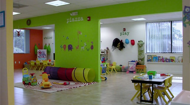 Happy Crayons Learning Center: 1041 Ives Dairy Rd, Miami, FL