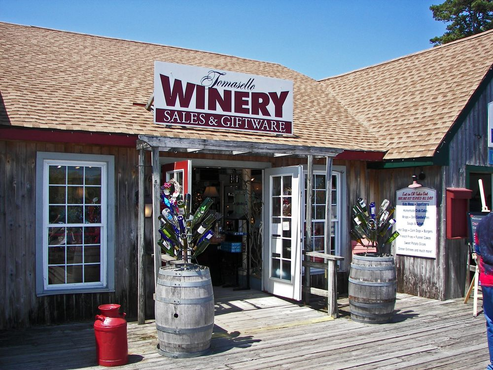 Tomasello Winery - Historic Smithville