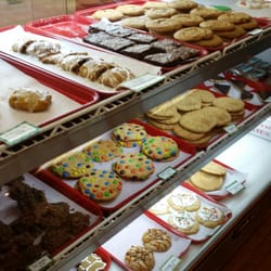 Kringle S Christmas Cookies Closed Desserts 500 S Main St