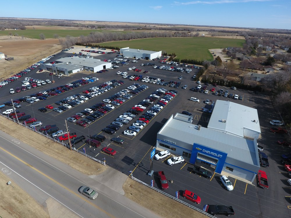 Lubbers Chevrolet: 914 N Main St, Cheney, KS