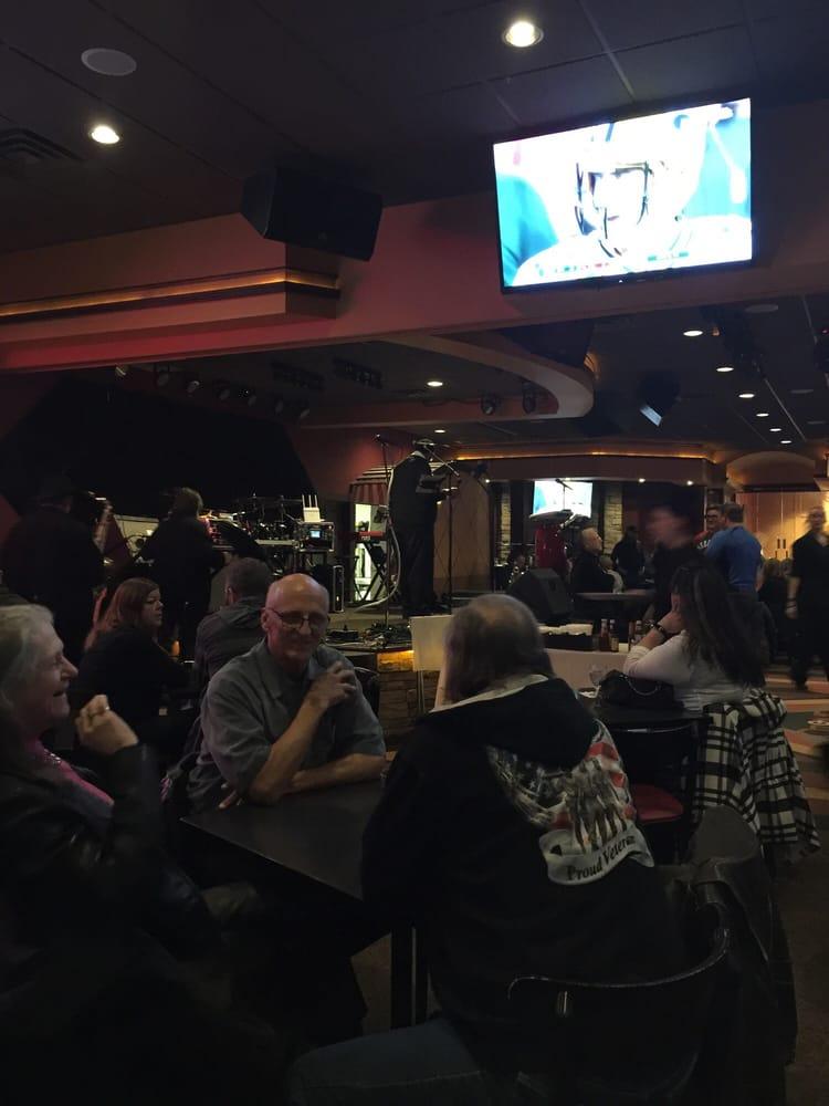 Ozone Lounge: 7220 F St, Omaha, NE