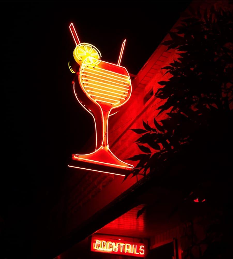 Inland Lounge: 213 McKinley Ave, Kellogg, ID