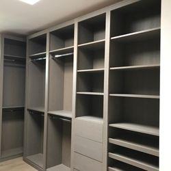 Bella Closets Cabinets