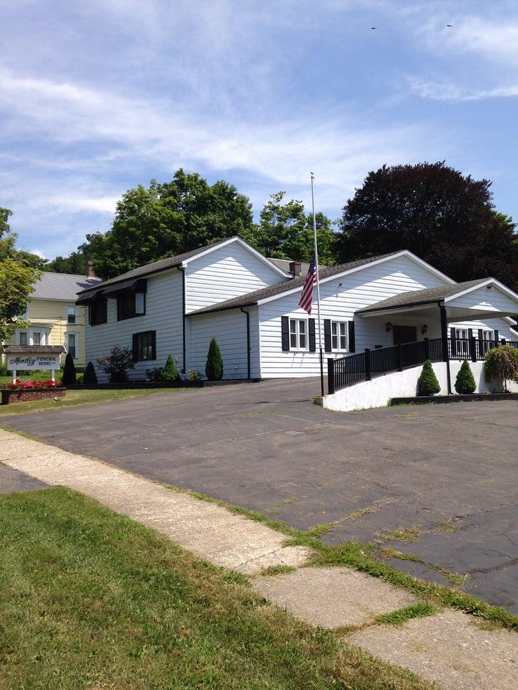 Mentley Funeral Home: 105 E Main St, Gowanda, NY