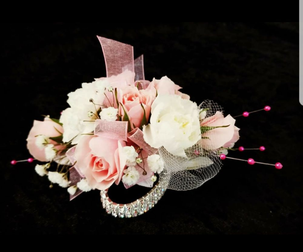 Prom Is Here Specialsutonniere And Corsage With Keepsake