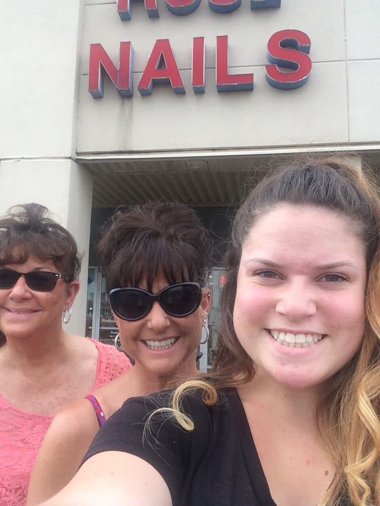 Rose Nails: 2136 William St, Cape Girardeau, MO
