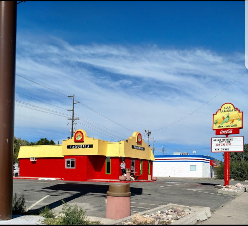 Las Palomas Mexican Grill: 249 Yellowstone Ave, Pocatello, ID