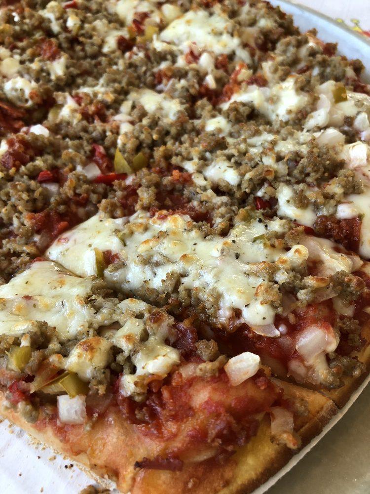 Pizza King: 2905 E Jackson St, Muncie, IN