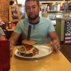 Photo Of Gonzo S Grill New Albany Ms United States One Pound Burger