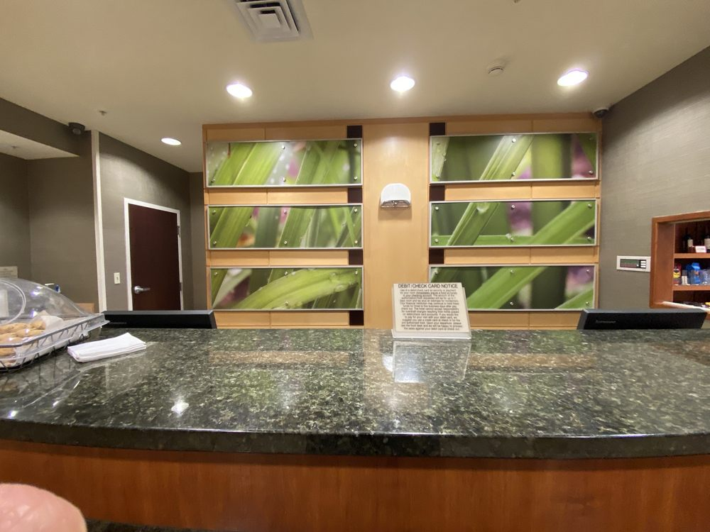 SpringHill Suites by Marriott Grand Rapids Airport Southeast: 5250 28th St SE, Grand Rapids, MI