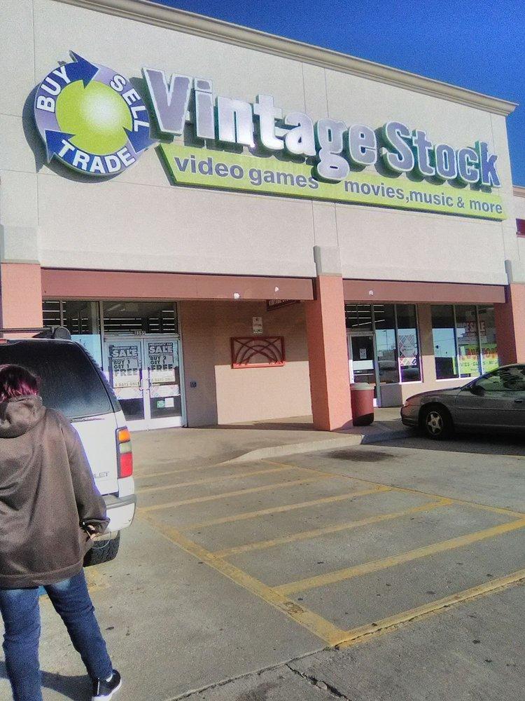 Vintage Stock: 1150 Garth Brooks Blvd, Yukon, OK