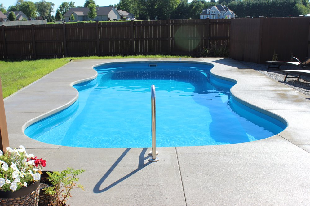 Elite Pools and Spas: 11515 Township Road 101, Findlay, OH