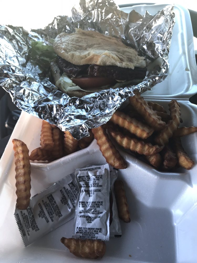 Sandy's Burger Barn: 14765 Hwy 641 S, Holladay, TN