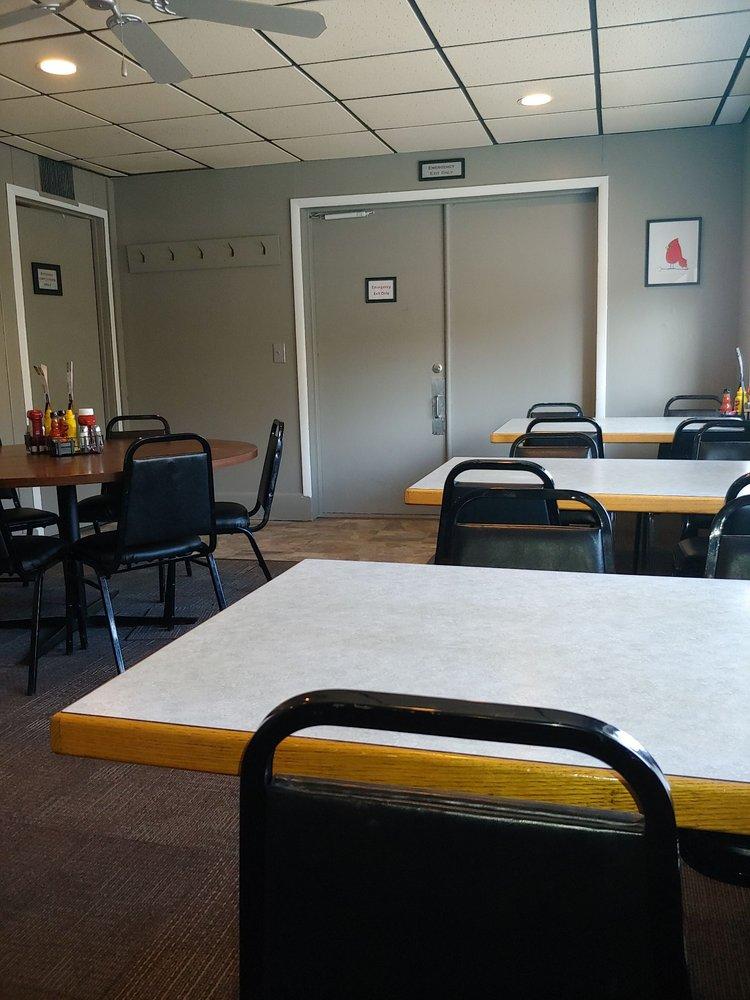 Riverwalk Cafe: 228 N Jefferson St, Hastings, MI