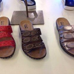 bbd3153b189e Bostonian   Clarks - Shoe Stores - 950 Camarillo Center Dr ...