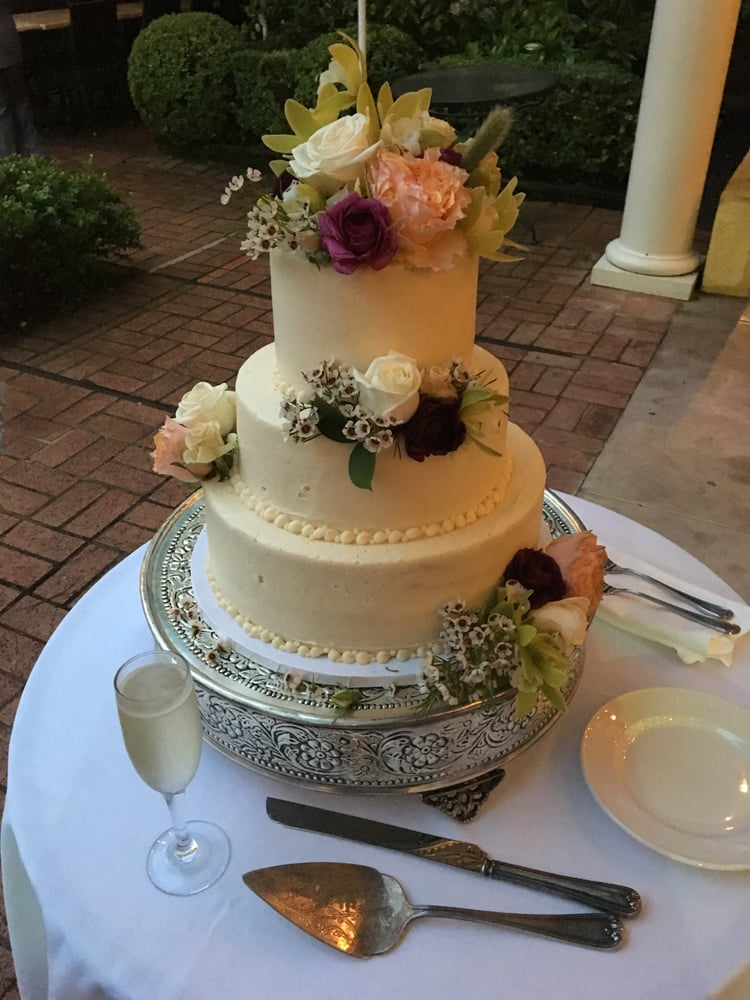 Our Wedding Cake From Susie Cakes With Flowers Farm Girl
