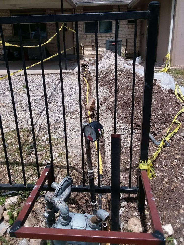 DAZ Plumbing & Locating: 791 N Hwy 77, Waxahachie, TX