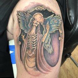 Blind Faith Tattoo 12 Photos Tattoo 92 Central St Bangor Me